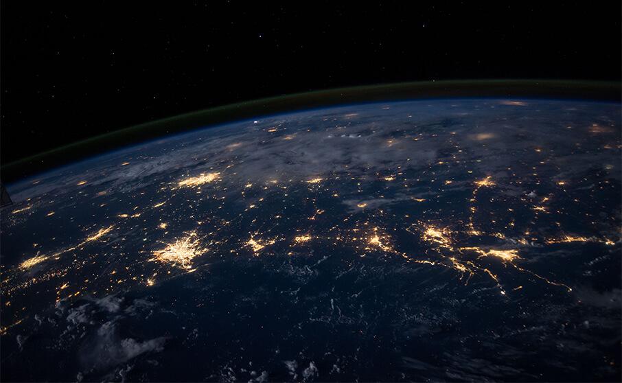 6月25日は世界初の衛星中継テレビ番組が放送された日