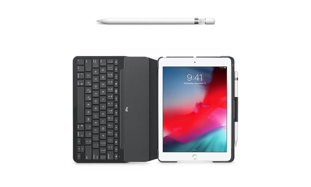 アップルペンシルとキーボード